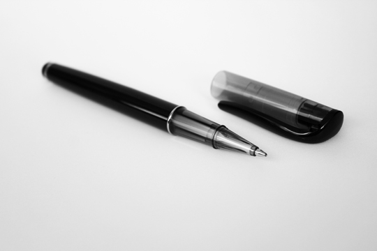 Transparent cap stylus